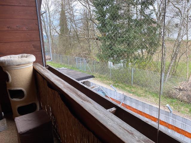 Balkon mit Netz gesichert